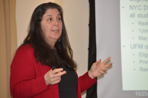 Amy Schwartz, Syracuse, The Maxwell School presenting at CEPA Speaker Series, October 2016